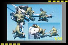 Free shipping hobbyfan 1/35 GERMAN PAK 40 PARATROOPERS GUNNER - 4 FIGURES HF561