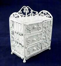 Poupées Maison Fil Blanc Table à Langer Miniature Fer Forgé Maternelle Meubles