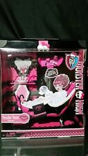 Monster High Draculaura Powder Room playset