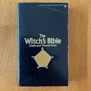 The Witch's Bible - Gavin and Yvonne Frost