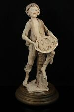 Giuseppe Armani Figurine Boy Selling Fish MINT WorldWide