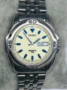Men's Seiko 7N43-8189 SPORT 100 Silver Tone Day Date Watch New Battery