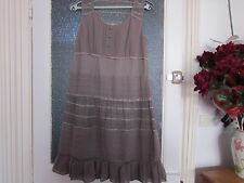 belle robe JACQUELINE RIU,taille  42