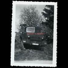 PHOTO WW2 1940 CALAIS DUNKERQUE CAMION CAPTURED BRITISH TRUCK BEDFORD LUFTWAFFE