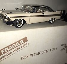 DANBURY MINT 1958 PLYMOUTH FURY 1:24 SCALE DIE CAST