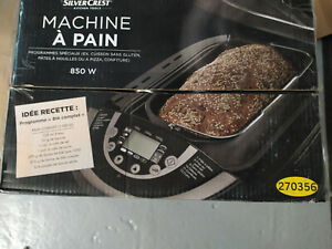 """Machine à pain """"Silver Crest"""" dans sa boite  850W recette pour sans glutten"""