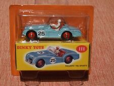 1:43 SCALE Dinky Toys TRIUMPH TR2 by Deagostini