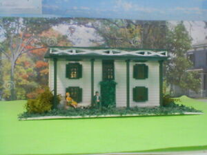 HO scale house Cottage 2  detailed,painted,Plasticville