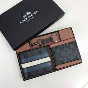 Coach 3 in 1 wallet In Signature Canvas with Varsity Stripe Gift Set