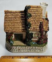 Vintage David Winter Cottages 1995 Collectors Guild The Model Dairy Guild No 21*