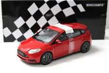 1:18 Minichamps Ford Focus ST 2011 red new en Premium-modelcars