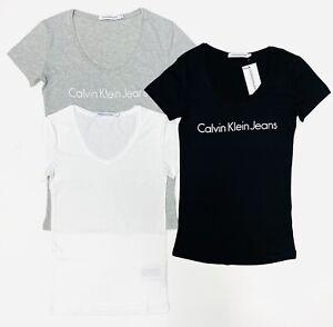 Calvin Klein Jeans Women's Logo V Neck T-Shirt In Black/White/Grey