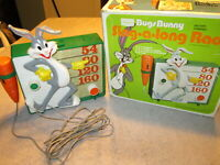 Rare Vintage Bugs Bunny Sing a Long Radio Sears 1975 Warner Brothers please read