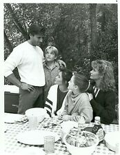 CHAD ALLEN SHANNEN DOHERTY DEIDRE HALL PICNIC TABLE OUR HOUSE 1987 NBC TV PHOTO