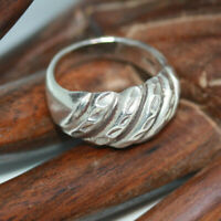 Vintage Mexican Real Sterling Silver Striped Dome Top Ladies Women's Ring Sz 5