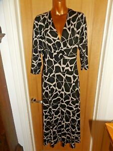 Gorgeous soft stretchy black beige Portfolio Marks & Spencer midi dress size 20