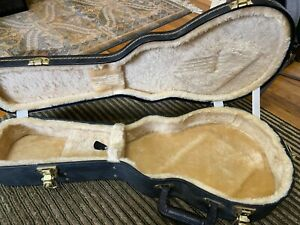 Mandolin hardshell case, F style, excellent condition