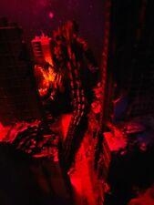 NECA GODZILLA WB TOHO 1 Buildings Battle Damaged Deluxe EyePop Designs