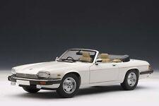 AUTOart Auto-& Verkehrsmodelle mit Pkw-Fahrzeugtyp für Jaguar