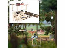 Busch 10250 Holzwegweiser aus echt Holz 14 Schilder Spur 0 Bausatz NEU