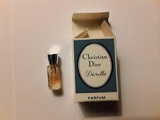 """Miniature  de parfum av boîte """" D.....ella """"  NEUF et Authentique *** 2 SCANS"""