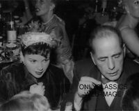 1954 HUMPHREY BOGART & JUDY GARLAND AT CIRO'S RESTAURANT CANDID PHOTO-OSCAR LOSS