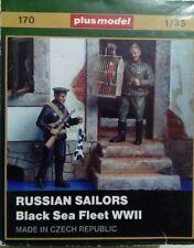 Plus Model 1:35 Marineros la segunda guerra mundial ruso - 2 Figuras + jaula de pájaro, & Rabbit