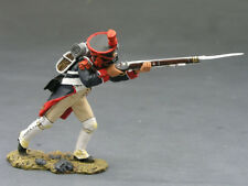 King And Country Set NA104, Napoleonic French Line Grenadier, Advancing Firing