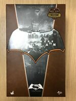 Hot Toys MMS 372 Batman v Superman Dawn of Justice Knightmare 1/6 Figure