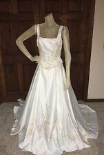 Oriana Wedding Dress Size 8 Ivory Gold detail Beaded