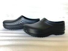 Shoes For Crews RADIUM Clogs Unisex Men 10 Women 12 61582 NWOB!