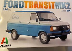 Italeri ford transit model kit 1:24th scale 3687 Brand new