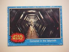Star Wars Series 1 (Blue) Topps 1977 Trading Card # 37 Cornered in the Labyrinth