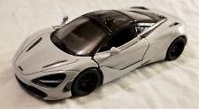 Kinsmart - 1:36 Scale Model McLaren 720S White (BBKT5403DW)