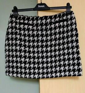 Oasis Animal  Print  Wool Mix Short Skirt Size 16  Black Cream Ladies  Womens