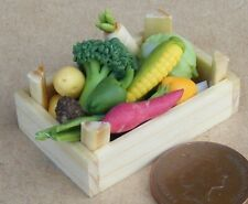 1:12 Scale Mixed Vegetable Selection In A Wooden Box Tumdee Dolls House Food V5