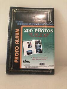 Lot Of 2 - Pioneer 4 x 6 Photo Album Holds 200 BP-200