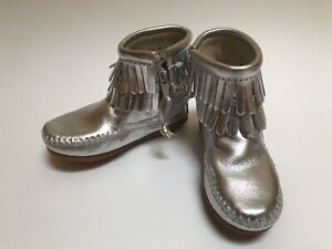 NEW Minnetonka Silver Leather Zip Fringe Ankle Boots Youth Child Size 8