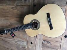 Martinez ES-04S Konzertgitarre Klassische Gitarre mit Transportschaden