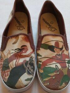 Draven Women's Slip On Cowboys & Indians Western Canvas Shoes Size 7