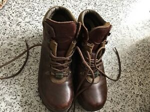 """Ladies """"The Brasher"""" Boot co.waterproof Air 8 brown leather uk size 7"""