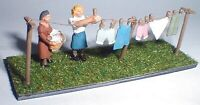 Washing line clothes and figures (OO Scale) - Unpainted - Langley F212