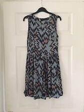 Topshop Blue, Black & Pink Zig-Zag Print Skater Dress (Size 6)