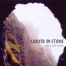 44897//CARVED IN STONE HEAR THE VOICE CD EN TBE