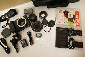 SONY alpha A6400 4K UHD Digital Camera + TWO LENS 16-50 / 35mm + TRIPOD + 32GB