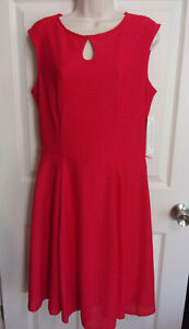 NWT~$70~London Style Sleeveless Fit & Flare Red Midi Dress~Textured Poly~Size 12