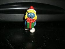 Smurfs 20208 Christmas Smurfette Present Gift Smurf Vintage Figure PVC Figurine
