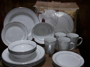 Everyday Gibson GOLD PRESTIGE Stoneware Dinnerware 16 Pc White w/ Gold Trim Ring