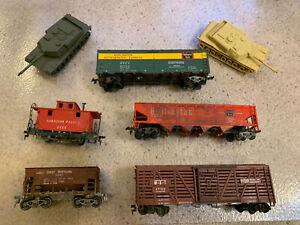 Mantua HO Scale Trains Brass 5 Train Cars + 2 1/72 Scale Abrams Tanks BBI