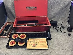 Vintage Wooden and Metal Erector Set Box. with many pieces in it and Booklets!!!